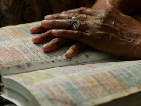 Bible-Hands-ap